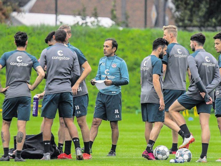 Derby-Hammer: Luhukay sortiert sieben gesunde Spieler aus!