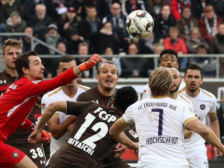 Aue-Torwart Männel ist St. Pauli-Fan