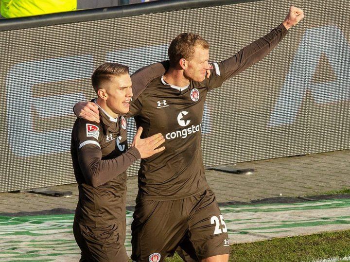 Tolle Show gegen Bielefeld: St. Pauli überrollt den Spitzenreiter