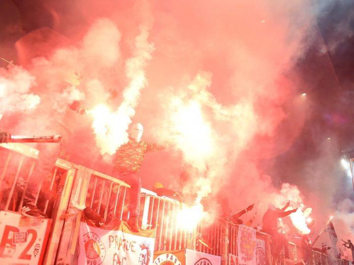 Nach Pyro-Wahnsinn beim Derby: So viel Strafe muss St. Pauli bezahlen