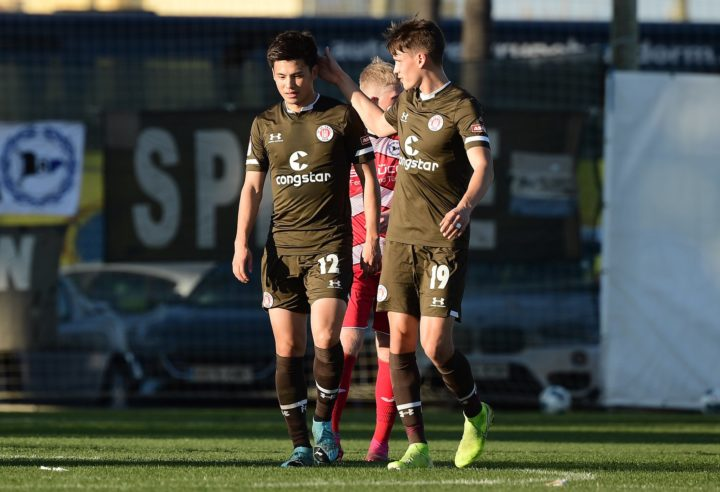 Trotz Miyaichi-Doppelpack: St. Pauli verliert in letzter Sekunde gegen Bielefeld