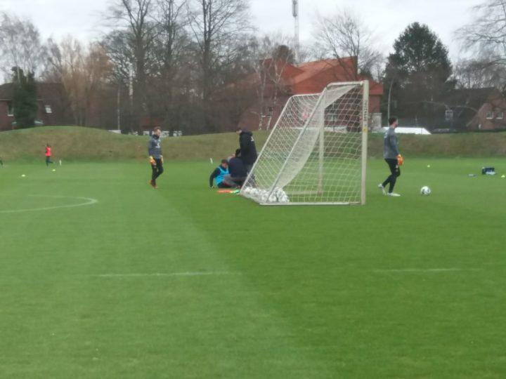 Schockmoment für St. Pauli: Zander muss Training abbrechen!