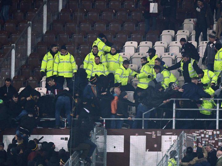 Ekel-Vorwürfe und Fake News: Was passierte vor den Schlägen auf St. Pauli?