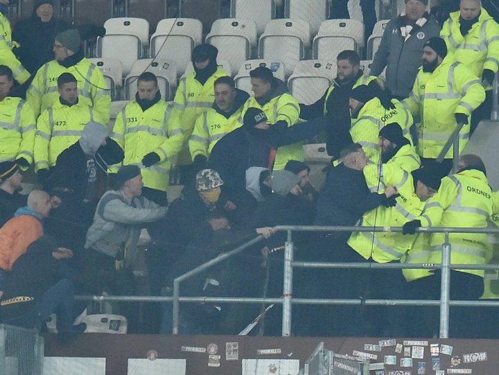 """19 Verletzte, 22 Festnahmen! St. Pauli verurteilt Randale der """"Scheißfans"""""""