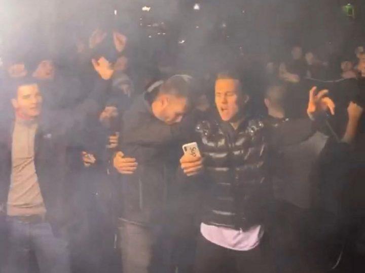 St. Pauli-Party auf dem Kiez: Die lange Nacht der Derby-Helden