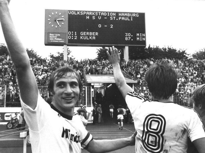 St. Paulis erster Derbysieg: Selbst die HSV-Fans feuerten die Kiezkicker an