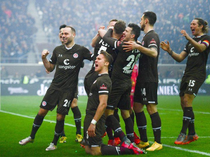 St. Pauli vergoldet den Derbysieg
