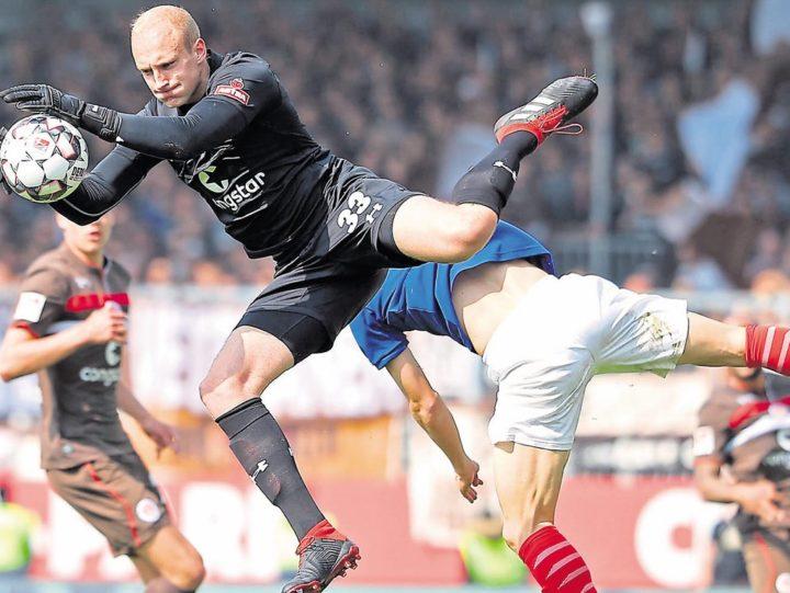 Torwartfrage bei St. Pauli: Hat Brodersen Chancen auf die Nummer eins?