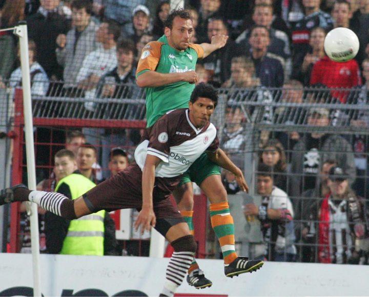 """St. Pauli-Fans sauer: """"Das hat mit Fußball nichts zu tun"""""""