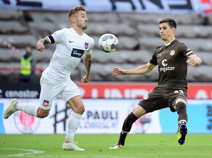 Lob für St. Pauli-Profi Flum – was bedeutet das für seine Zukunft?