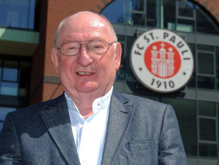Der FC St. Pauli trauert um Ex-Kapitän Herbert Kühl
