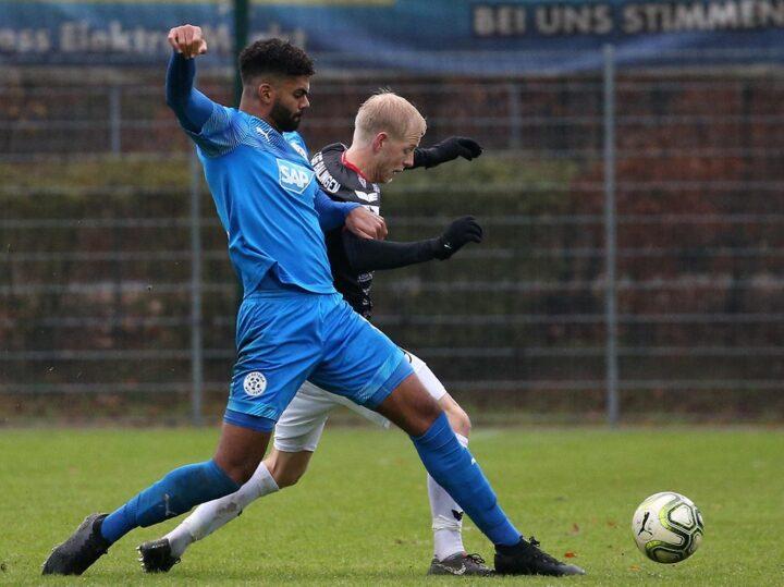 Holt der FC St. Pauli Stürmer André Becker?