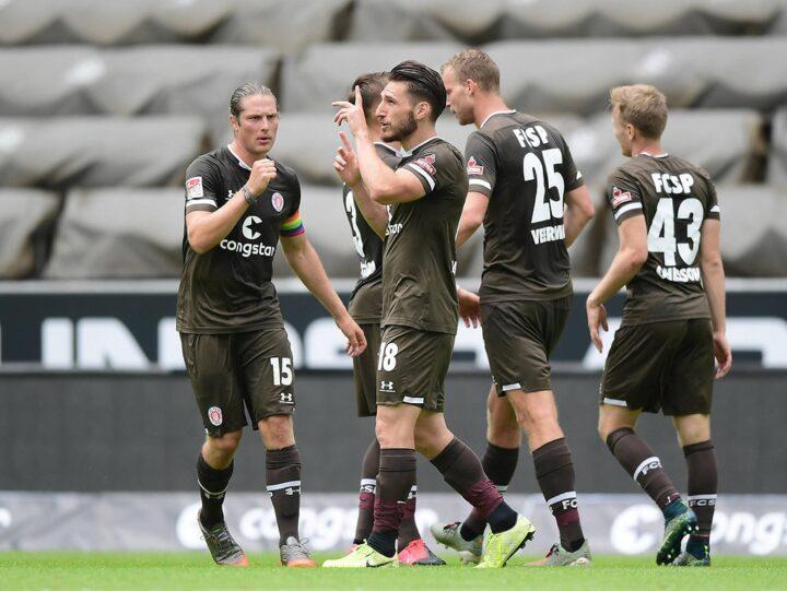 Der FC St. Pauli kann mit dieser Saison nicht zufrieden sein