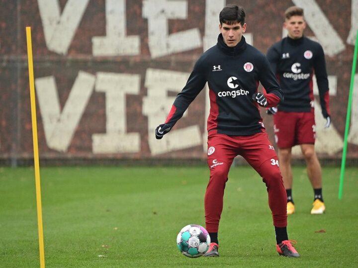 St. Pauli-Talent Igor Matanovic wird jetzt ein richtiger Profi