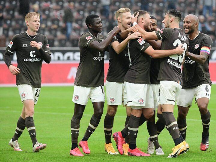 Jetzt im Liveticker: So läuft es für den FC St. Pauli gegen Karlsruhe