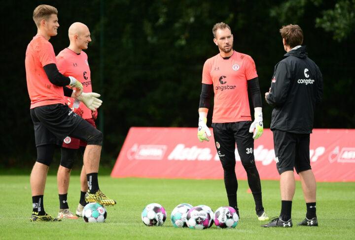 Bericht: St. Pauli könnte gegen Aue mit neuem Torwart spielen