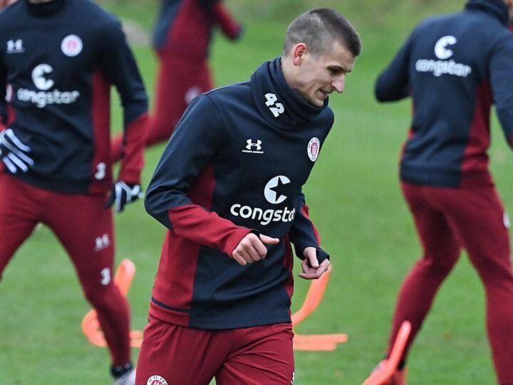 FC St. Pauli vor Verpflichtung von Verteidiger Adam Dzwigala