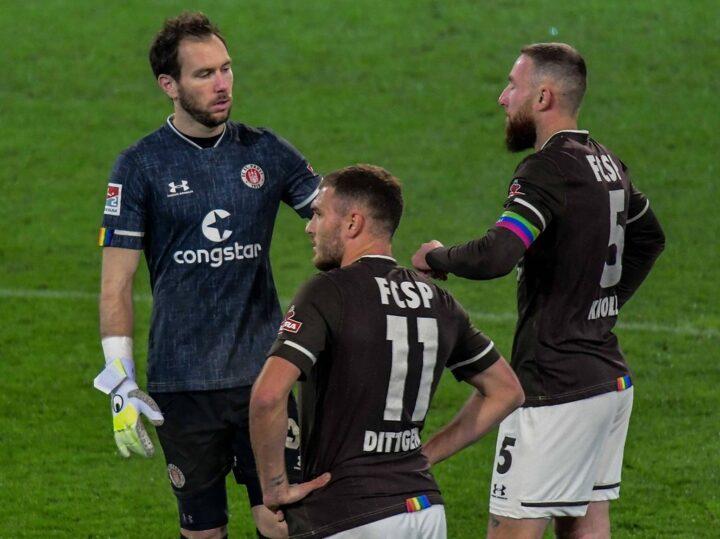 Kritik auch an Schultz: Sportpsychologe befürchtet Abstiegs-Gen beim FC St. Pauli
