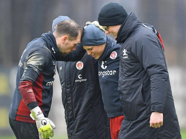 Rückschlag! St. Pauli-Pechvogel Miyaichi muss Training verletzt abbrechen