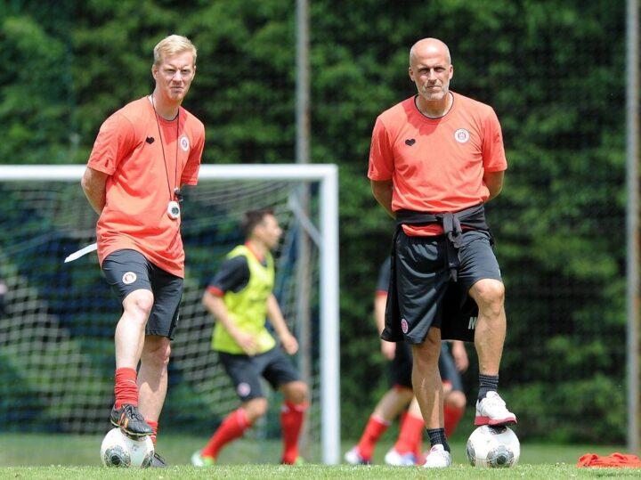 Wieso St. Paulis Ex-Trainer Michael Frontzeck Nachfolger Timo Schultz voll vertraut