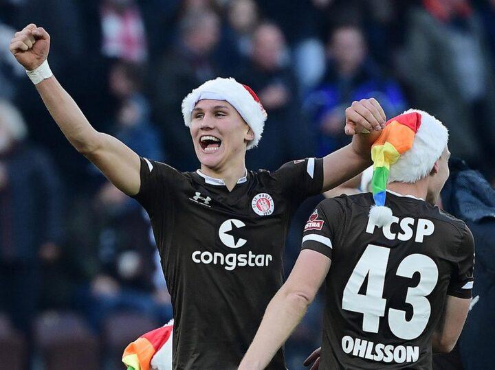 Siege zum Fest: St. Pauli und das wundersame Weihnachts-Omen