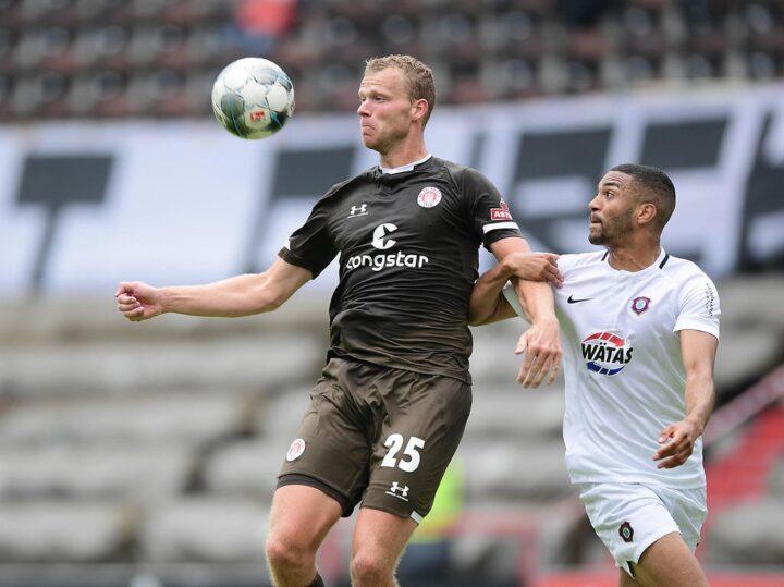 Sportchef Bornemann: Warum Veerman bei St. Pauli nicht zu halten war