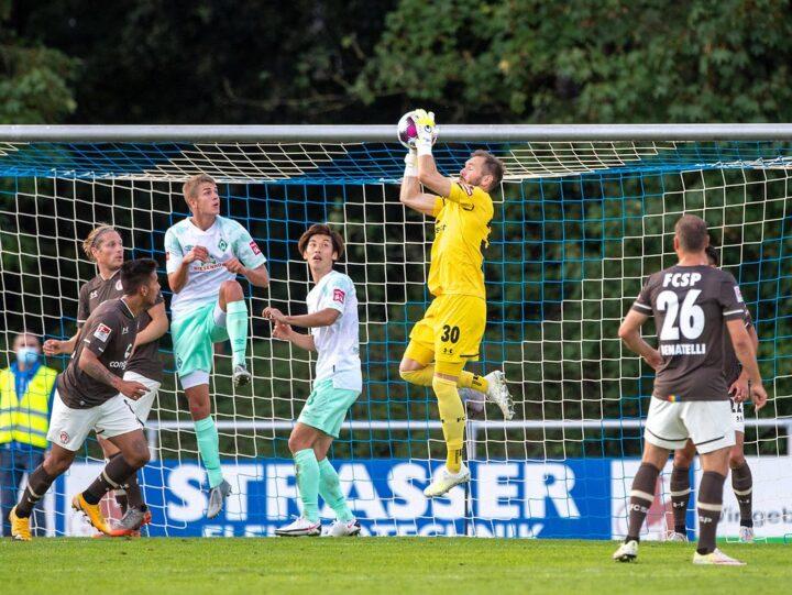Nach St. Pauli-Aus: Wechselt Robin Himmelmann in die Bundesliga?