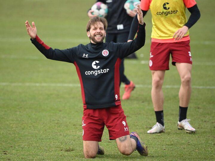 """St. Pauli-Hoffnung Burgstaller: """"So ein Spiel gibt es nicht oft im Leben"""""""
