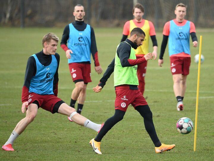 Training abgebrochen: Muss sich St. Pauli um seinen Dauersieger sorgen?