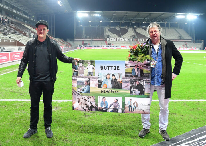 Live im TV: FC St. Pauli verabschiedet MOPO-Legende Buttje Rosenfeld
