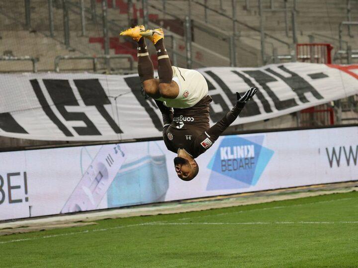 St. Pauli-Trainer sauer: Schultz ärgert sich über zu viel Zauberei