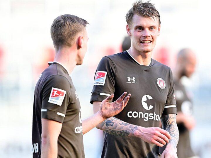 Rätsel um Vertragslaufzeit: Wie lange bleibt Smith bei St. Pauli?