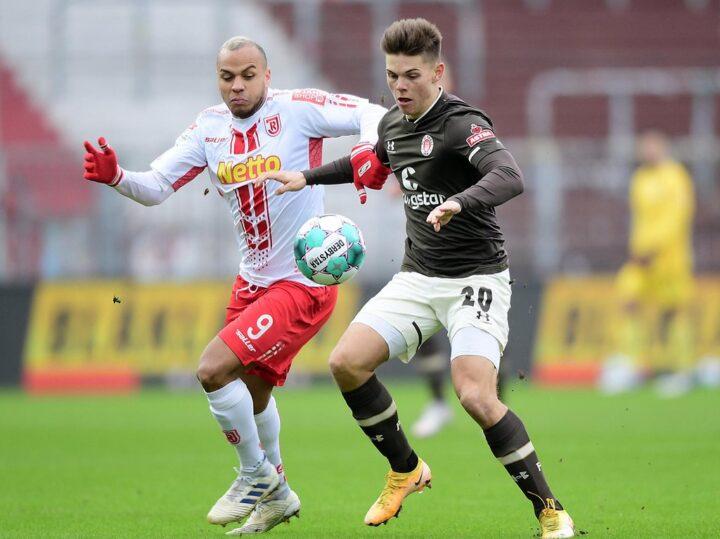 """Jahns George lobt St. Paulis """"sehr schönen Fußball"""""""