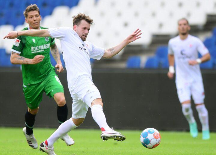 Buchtmann feiert gelungenes St. Pauli-Comeback in Hannover