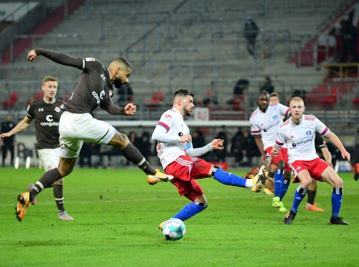 St. Pauli als Derby-Favorit? Schultz reicht Rolle an HSV weiter