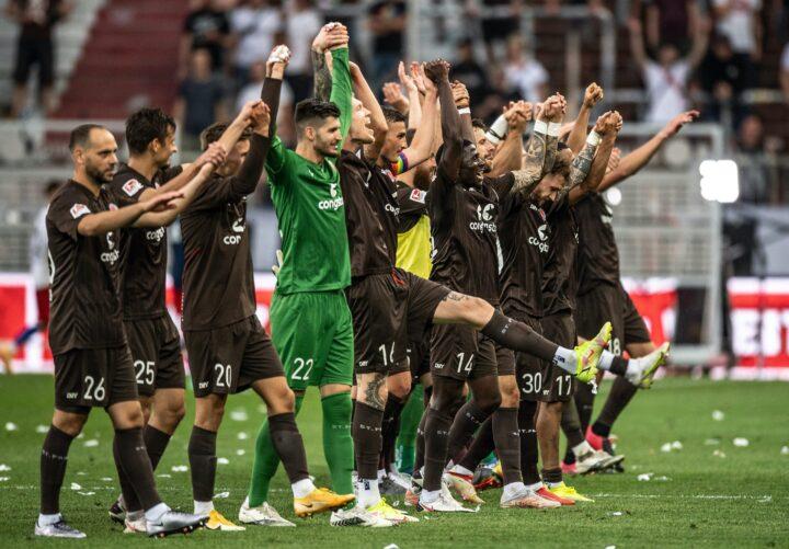 """Mit Derbysieg-Rückenwind: St. Pauli will in Paderborn """"Bambule machen"""""""