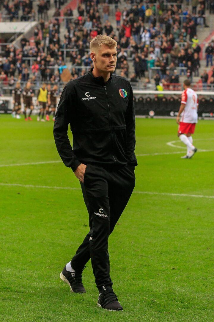 """""""Das ist keine Frage von Tagen"""": Eric Smith wird St. Pauli länger fehlen"""